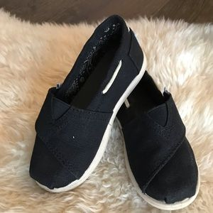 Toms classic black canvas toddler size 11
